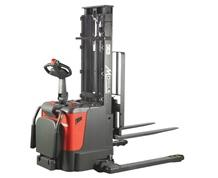 APS FULL ELECTRIC/SELF-PROPELLED STACKER